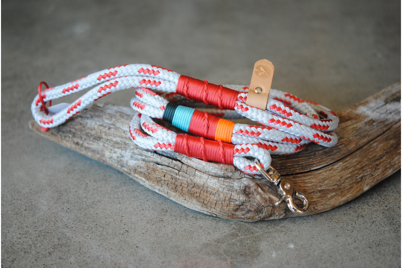 Leash Grey-Red/Camping