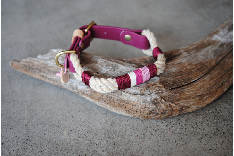Adjustable collar Sweet Burgundy