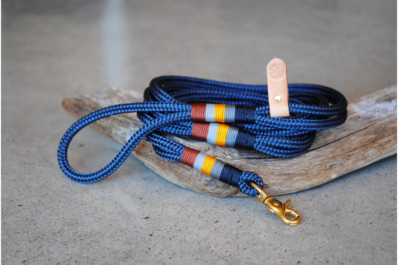 Leash Navy/Bateleur