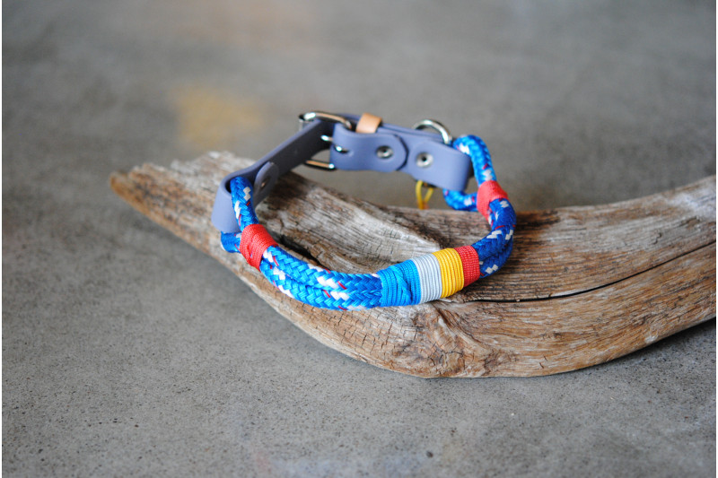 Collier ajustable Scarlet Macaw