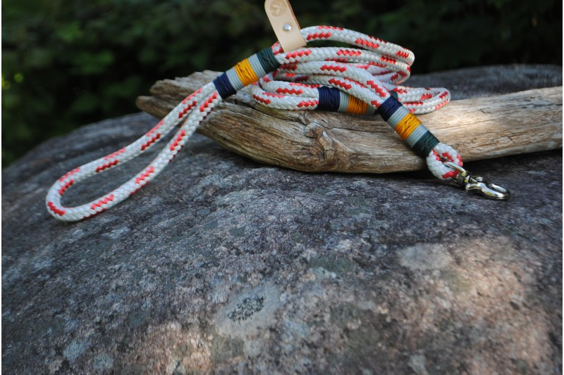 Laisse/Leash White-Blue-Red/Yellow01-Red s.f.-Blue/Stainless